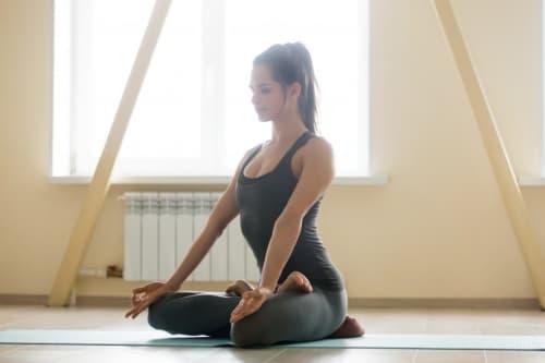 como meditar en casa principiantes
